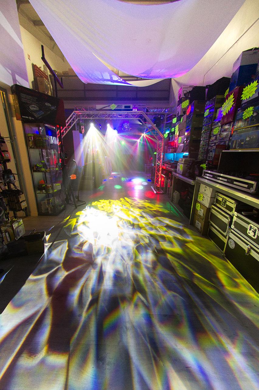 France-Projecteurs - Showroom magasin 3